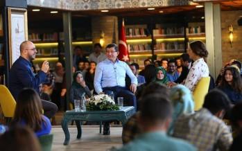 Başbakan Ahmet Davutoğlu, Hayalleriniz sizi terk etmesin