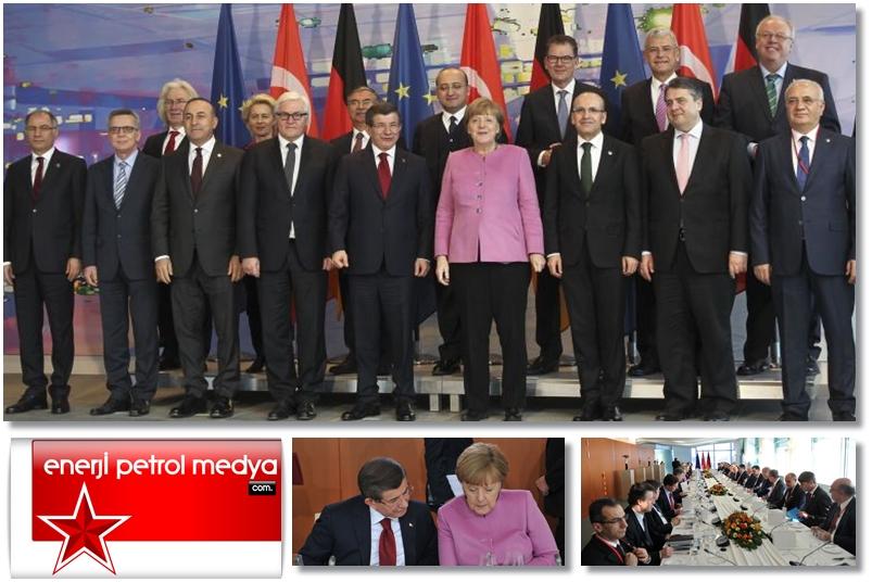 Başbakan Ahmet Davutoğlu, Almanya Şansölyesi Angela Merkel - Almanya - Türkiye  - 89