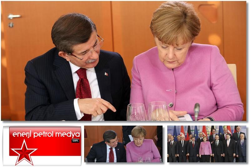 Başbakan Ahmet Davutoğlu -  Almanya Başbakanı Angela Merkel - Almanya Berlin -122-5