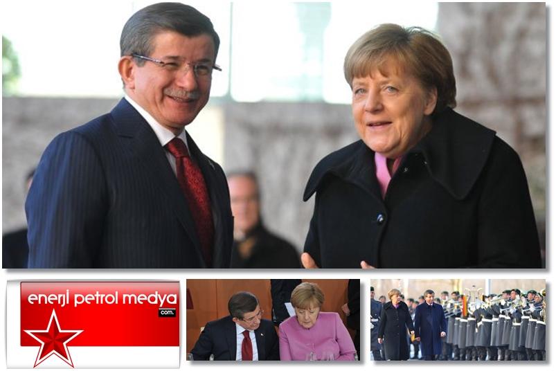 Başbakan Ahmet Davutoğlu -  Almanya Başbakanı Angela Merkel - Almanya Berlin -1221