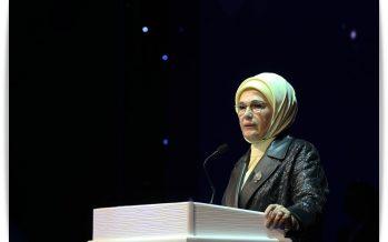 """Emine Erdoğan: """"Sağlık bir insanın en büyük sermayesidir"""""""