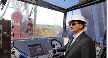 Enerji ve Tabii Kaynaklar Bakanı Fatih Dönmez, Türkiye Petrolleri Anonim Ortaklığı (TPAO) Lüleburgaz sahasında incelemelerde bulundu.