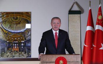 """Cumhurbaşkanı Erdoğan,""""İnsanlığın ortak mirası olan Ayasofya, yeni statüsüyle herkesi kucaklamaya çok daha samimi, çok daha özgün şekilde devam edecektir"""""""