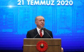 """Cumhurbaşkanı Erdoğan, """"Cumhurbaşkanlığı Hükûmet Sistemi, doğrudan milletimizin iradesiyle hayata geçirilen tek yönetim reformudur"""""""