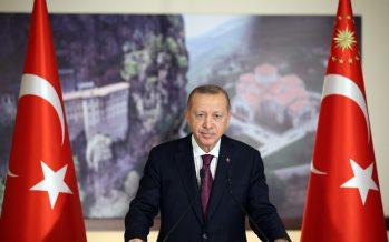 """""""Sümela Manastırı, Türkiye'nin toprakları üzerindeki her türlü medeniyet mirasına nasıl sahip çıktığının somut örneğidir"""""""