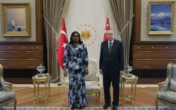 Cumhurbaşkanı Erdoğan, Fildişi Sahili Büyükelçisi Khadidjata Toure'yi, kabul etti.