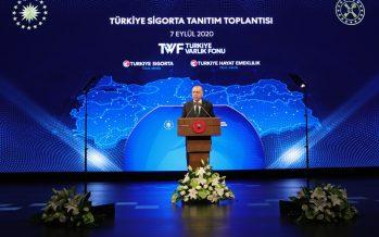 """Cumhurbaşkanı Erdoğan, """"Türkiye'nin kaynaklarını krizden ve kaostan beslenen çevrelere yedirmemekte kararlıyız"""""""