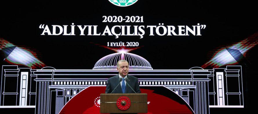 """Cumhurbaşkanı Erdoğan,""""Türkiye, insanlığın ortak özleminin sözcüsü olarak her platformda hak ve adalet talebini dile getiriyor"""""""