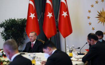"""Cumhurbaşkanı Erdoğan,""""İslam düşmanlığı ve yabancı karşıtlığı ile mücadele etmek, o topraklarda yaşayan kardeşlerimize karşı sorumluluğumuzun bir gereğidir"""""""