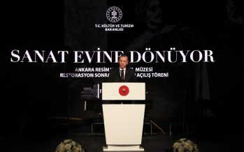 """Cumhurbaşkanı Erdoğan, """"Ülkemizin kültür ve sanat hayatına ilave değer katacak, bu alanda çeşitliliği artıracak her türlü nitelikli esere destek veriyoruz"""""""