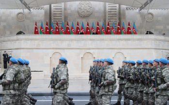 """""""Türkiye ve Azerbaycan sırt sırta verdiği sürece zorlukları aşmaya, başarıdan başarıya koşmaya devam edecektir"""""""