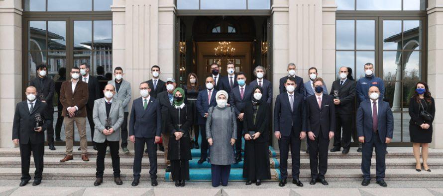 Emine Erdoğan, Yılın Basın Fotoğrafları 2020 Ödül Töreni'ne katıldı