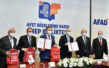 """Afet Eğitim Yılı kapsamında TOBB, TZOB ve TİSK ile """"Afet Eğitim İş birliği Protokolü imzalandı"""