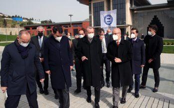 Cumhurbaşkanı Erdoğan, Marmara Üniversitesi Recep Tayyip Erdoğan Külliyesi inşaatında incelemelerde bulundu