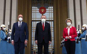 Cumhurbaşkanı Erdoğan, AB Konseyi Başkanı Charles Michel ve AB Komisyonu Başkanı Ursula Von Der Leyen'i kabul etti