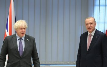 Cumhurbaşkanı Erdoğan, Birleşik Krallık Başbakanı Johnson'la ile bir araya geldi