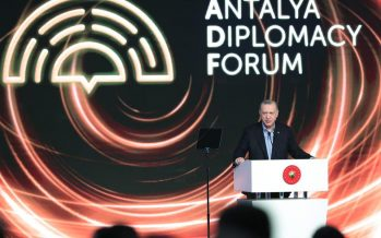 """""""Dünya hızla değişirken, devletler arası ilişkilere bakışımızı ve diplomasimizi de buna uyarlamak mecburiyetindeyiz"""""""