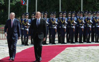 Cumhurbaşkanı Erdoğan, Şuşa'da resmî törenle karşılandı
