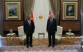 Angola Cumhurbaşkanı Lourenço Cumhurbaşkanlığı Külliyesinde