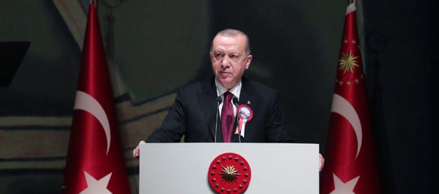 """Cumhurbaşkanı Erdoğan,""""Türkiye'nin savunma sanayi teknolojilerinde katettiği mesafe, tüm dünyanın örnek aldığı bir başarı hikâyesidir"""""""